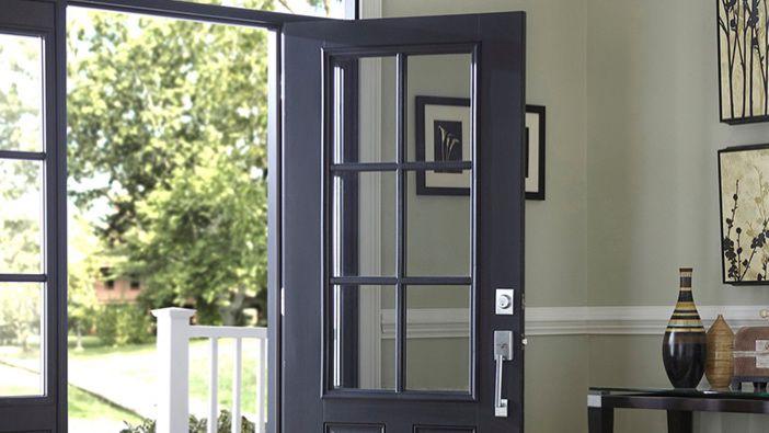 Фасадни врати